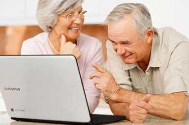 idosos-aprendem-a-fazer-amigos-pela-internet