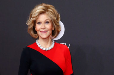 FILE PHOTO --  US actress Jane Fonda poses on the red carpet for the 'Golden Camera' ('Die Goldene Kamera') awards ceremony of German TV magazine 'Hoer Zu' in Hamburg, March 4, 2017.  REUTERS/Morris Mac Matzen/File Photo ORG XMIT: TOR127