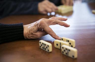 Jogando dominó, Jan18